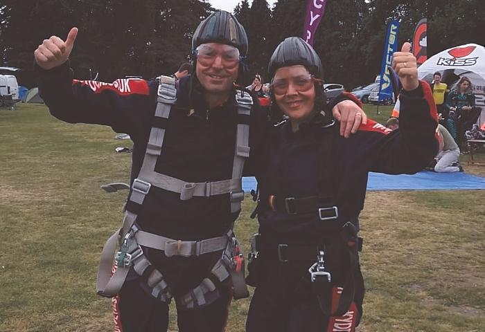 l-r Chris Baggs and Sarah Iggo after their tandem skydives (1)
