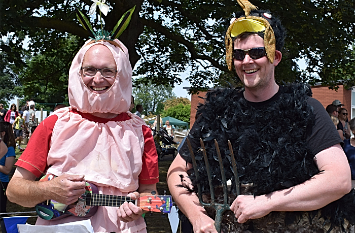 l-r Chris White and Andy Feltham dressed as an earthworm and a blackbird (1)