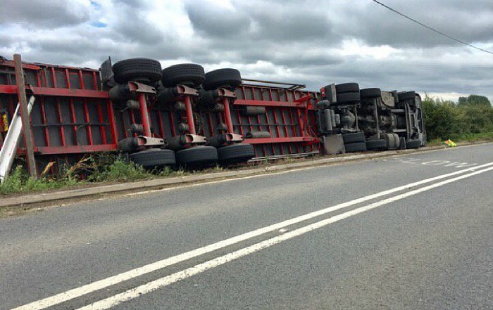 lorry overturned on A534 Faddily, pic by cheshire police