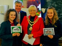 Nantwich Mayor wowed by school children's Christmas card designs