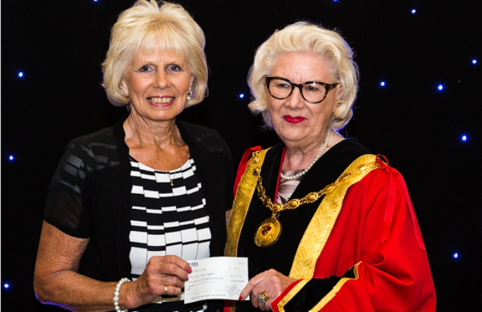 mayor's charity cheque 2