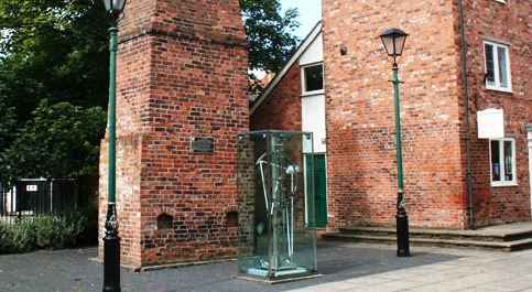 Time is ticking again on Millennium Clock in Nantwich!