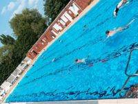 Hot weather pulls hundreds in to Nantwich Outdoor Pool