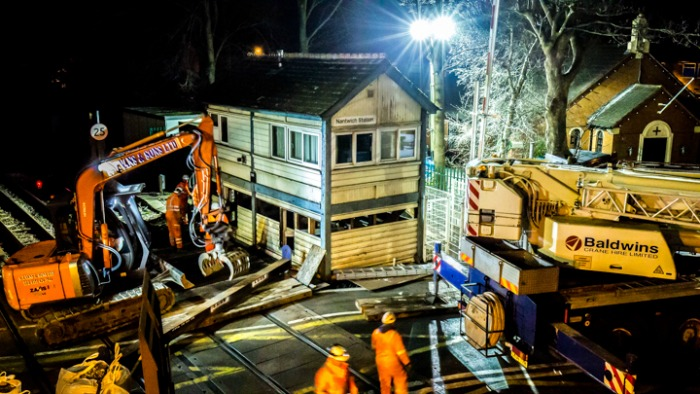 nantwich signal box removal, pic 3