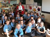 Stapeley pupils enjoy surprise mystery reader in Nantwich Mayor