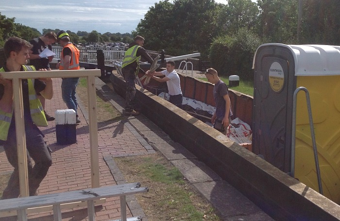 reaseheath students revamp canal side building for SUMBA 2