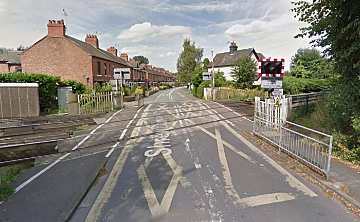 shrewbridge road level crossing