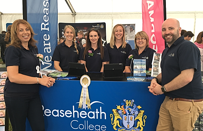 team best trade stand 2 - cheshire show