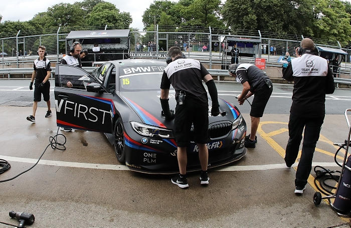 Oulton Park - Tom Oliphant (GBR) - Team BMW BMW 330i M Sport