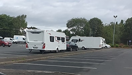 travellers on snow hill car park nantwich