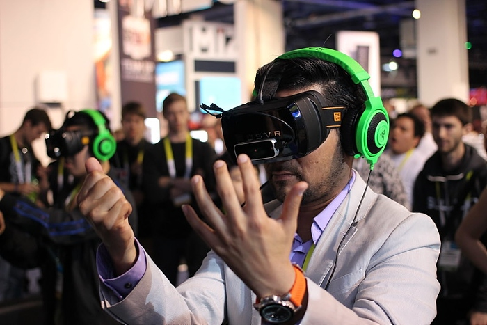 virtual reality gaming - pic by Maurizio Pesce under creative commons licence