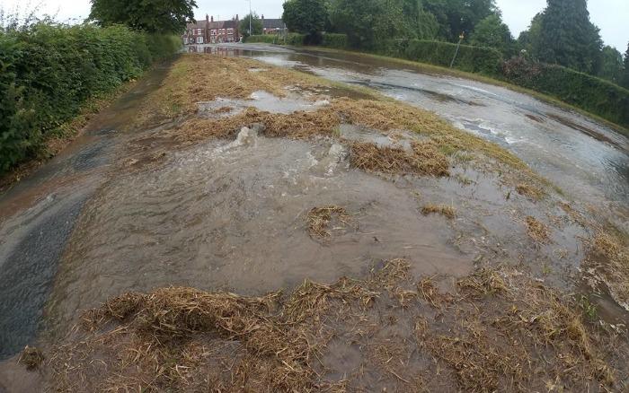 water leak and flood Middlewich Road Nantwich