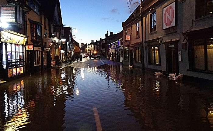 welsh row flooding in nantwich - pic by Jonathan White