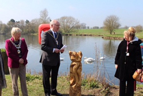 wesley fitzgerald and christine farrall at nantwich lake