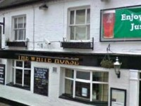 Staff and customers flee Nantwich town centre pub blaze