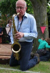 worm charming - Saxophonist Mark Woodward from Willaston on his plot